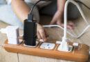 Muere niña al morder cable de un cargador de teléfono conectado
