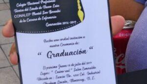Alumnos de Conalep se quedan sin graduación porque maestra no pagó el salón