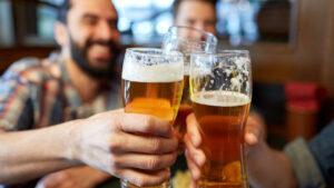 Consumir cerveza de forma moderada previene el envejecimiento, según estudio