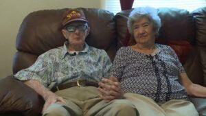 Pareja de ancianos que llevaban casados 71 años muere el mismo día