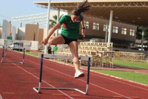 Beca de Conade no alcanza ni para tenis, critica campeona nacional de atletismo