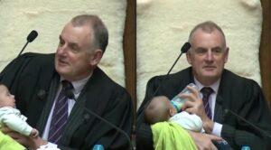 Presidente del Parlamento de Nueva Zelanda cuida al bebé de uno de sus compañeros