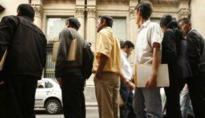 Inegi revela que el desempleo afecta más a personas con estudios superiores