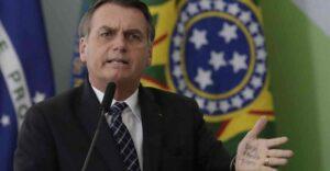 Brasil carece de recursos para combatir incendios en el Amazonas, dice Jair Bolsonaro