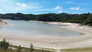 Laguna en la selva Lacandona se seca; pobladores aseguran que sucede cada año