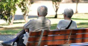 Pareja de jubilados se suicida por no tener dinero para cubrir gastos médicos
