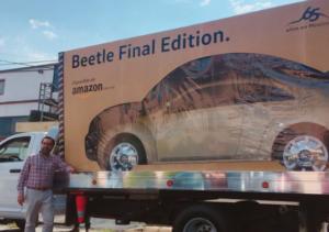 Un hombre compra un Beetle Final Edition y Amazon se lo entrega como un carrito de juguete
