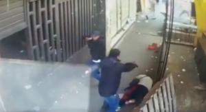 Cámaras de seguridad graban asesinato de un comerciante en La Merced