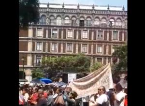 Manifestantes exigen a la Suprema Corte la destitución de magistrados y jueces corruptos