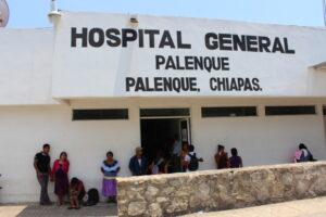 Hospital de Chiapas entrega ataúd lleno de basura en lugar de restos de bebé fallecido