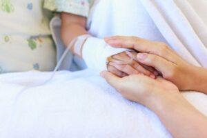 Un niño es hospitalizado de emergencia tras ingerir 61 bolas magnéticas en China