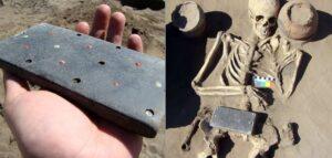 Arqueólogos encuentran una pieza antigua de más de 2 mil años con forma de iPhone