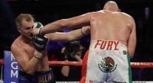 Boxeador causa polémica por usar short con el escudo de México en el trasero
