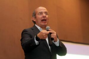 """""""Morena es la reencarnación del PRI, la 4T es la cuarta etapa del PRI"""": Felipe Calderón"""