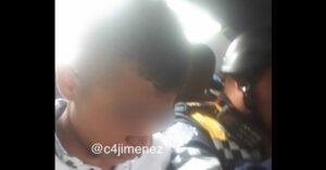 Detienen a menor de 14 años que asaltaba a cuentahabientes en la CDMX