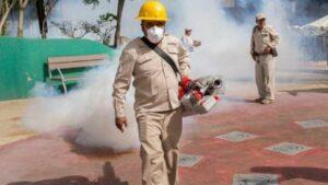 Gobierno de AMLO contrata a empresas de insecticidas que señaló de corruptas