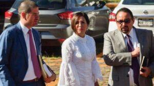 Rosario Robles se queda sin abogado porque no tiene dinero