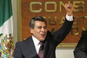 Alcalde de Cuautitlán Izcalli vitorea a la 4T durante ceremonia del Grito de Independencia