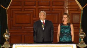 Así fue el primer grito de Independencia de AMLO (VIDEO)