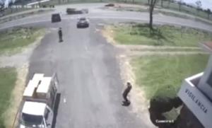 Video capta aparatoso choque entre una camioneta y un Lamborghini en el Edomex