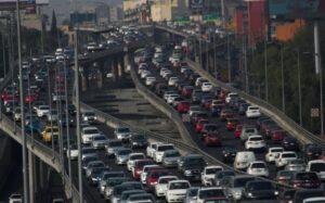 IMCO plantea cobrar por circular en avenidas principales