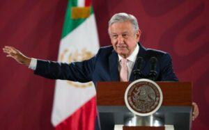 Romero Deschamps tiene dos denuncias en su contra: AMLO; asegura que no le congelaron sus cuentas