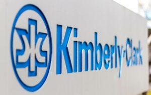 Kimberly-Clark no invertirá a corto plazo en México por políticas del gobierno de AMLO