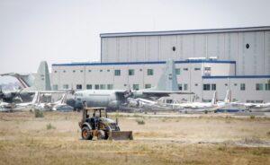 Operar en dos aeropuertos sería complejo y aumentaría costos, advierten aerolíneas