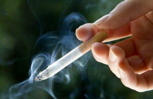 Congreso de la CDMX aprueba ley que prohíbe fumar cerca de escuelas y hospitales