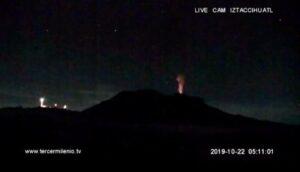 """Captan """"destello"""" en el volcán Iztaccíhuatl; Cenapred aclara que no hay actividad volcánica"""