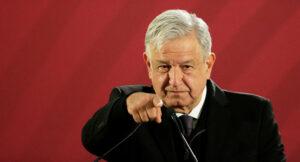 AMLO combate corrupción de oponentes y permite actos cuestionables de aliados: FT