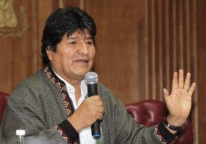 Evo Morales pide ayuda a los mexicanos para su manutención