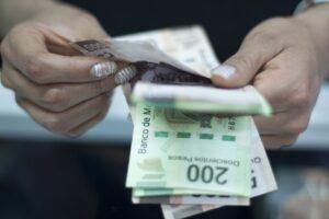 Burócratas recibirán aguinaldo equivalente a 40 días de salario