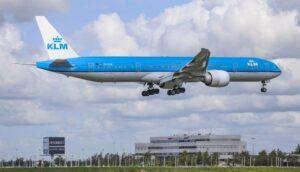 Un vuelo de Amsterdam con destino a la CDMX regresa a su origen por una exhalación Popocatépetl
