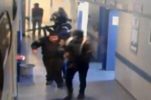 Sujetos armados sacan a hombre de hospital en Guanajuato