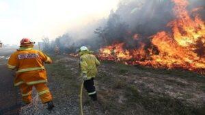 Bomberos dejan conmovedora nota a un hombre tras sofocar un incendio en su casa