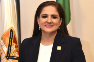 Alcaldesa de Sonora ofrece recompensa por administrador de página de Facebook que la critica