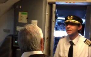 """AMLO niega que haya pedido a Aeroméxico """"llamar a cuentas"""" a piloto"""