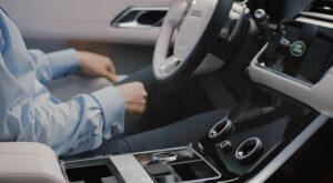 Detienen a hombre por controlar el auto de su ex por medio de una app