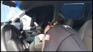 Exhiben a policías de Chalco en presunto estado de ebriedad