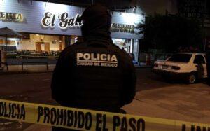 Autoridades dejan libre a menor que participó en el asesinato de un hombre en la taquería El Gallito