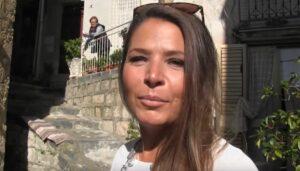 Mujer argentina compra una casa de tres pisos en Italia por un euro
