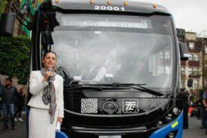 Gobierno de la CDMX presenta nueva flota de trolebuses