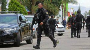Policía capitalina ofrece acuerdo a sicarios para que abandonen bandas criminales