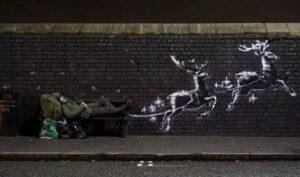 Banksy presenta un nuevo mural para no olvidar a las personas sin hogar en esta temporada navideña