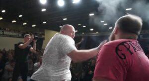 Pierde por primera vez Kamotski, el campeón de los torneos de cachetadas