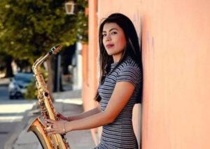 Giran más órdenes de aprehensión por agresión con ácido a saxofonista en Oaxaca