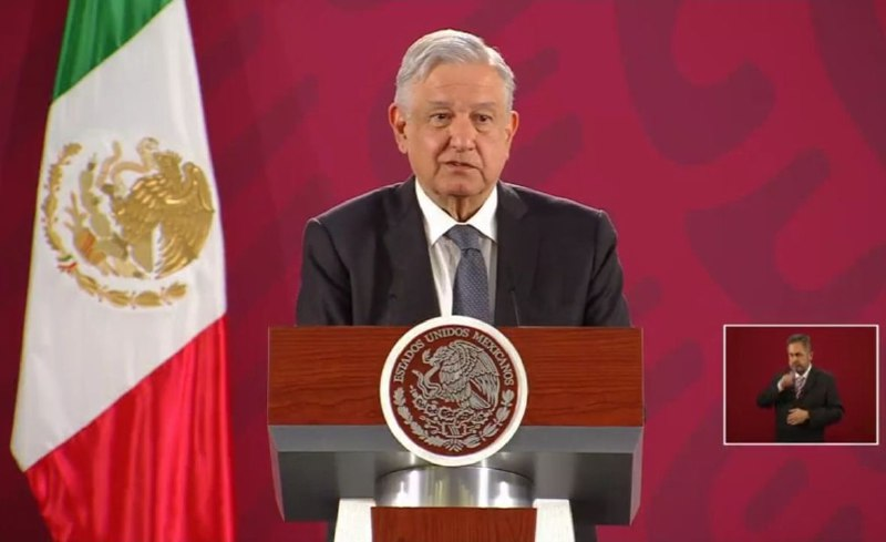 AMLO ofrece 4 mil empleos para caravana de centroamericanos