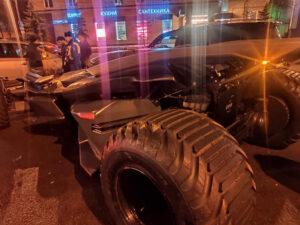 """Detienen a joven que conducía un """"batimóvil"""" en las calles de Rusia"""