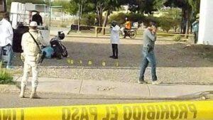 Hombre escapa de sicarios y matan a su hijo en venganza